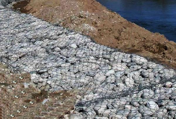 云南省石笼格宾网在河道中应用案例