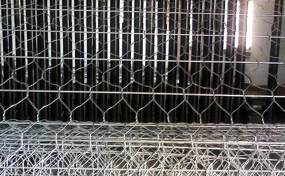 加筋石笼网规格图片